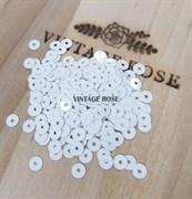 Пайетки 3мм плоские Белый Лед #1004 Италия, глянцевые
