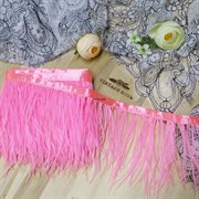 Перья страуса на ленте, розовые